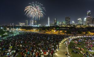 H-E-B Austin Symphony July 4th Concert & Firew...