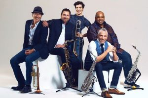 Dave Koz & Friends Summer Horns Tour Live in C...