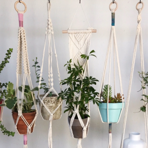 UMLAUF CRAFT: DIY Plant Hangers