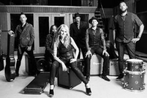MINDI ABAIR & THE BONESHAKERS LIVE IN CONCERT
