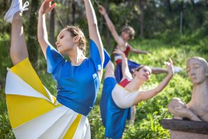 "Performa/Dance presents ""Confections"" at the UMLAUF Sculpture Garden"