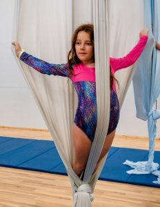 Children's Aerial Creation Camp Show