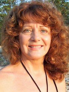 Texas Nafas presents Poet Linda Marie Costas