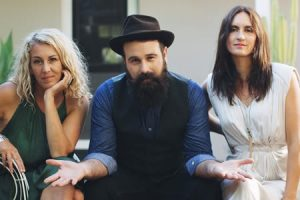 The Waifs Live in Concert