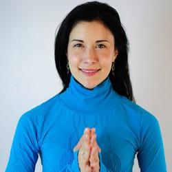 Pregnant Yoga: Nurture, Grow and Bloom into Motherhood with Bea