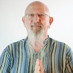 Yin and Restorative Yoga with Himalayan Healing Bowls with Everitt